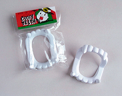 "2.25"" White Scary Teeth"