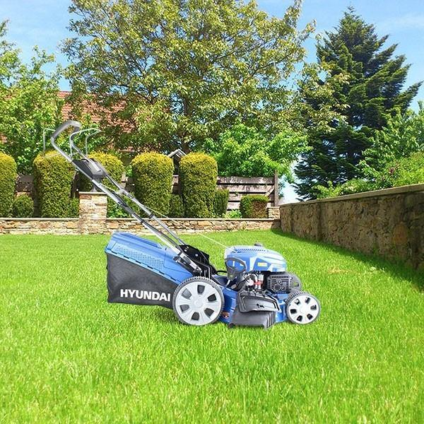 Refurbished Hyundai HYM530SPE Self-Propelled Petrol Lawn Mower - HWB Car Parts