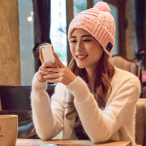 Soft Beanie Hat Wireless Bluetooth Smart Cap Headphone with Mic