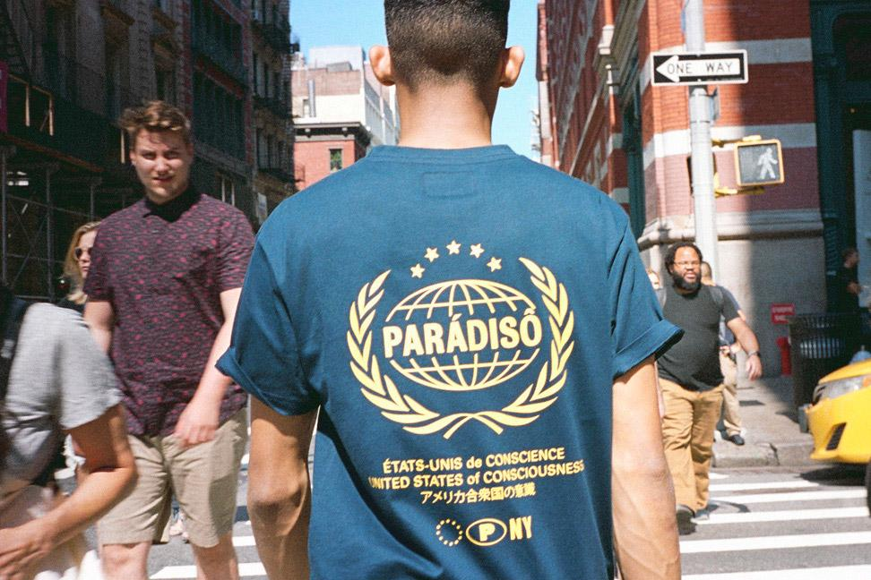 NAVY PARÁDISÔ CRESTED BACK SUPIMA® T-SHIRT