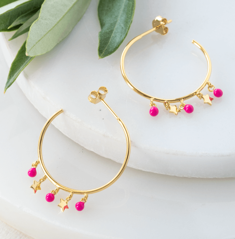 gold hoop earrings with stars