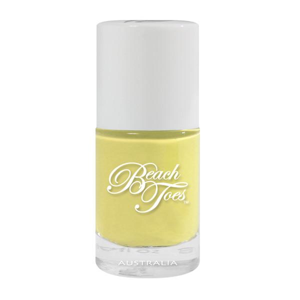 pastel yellow nail varnish beach toes