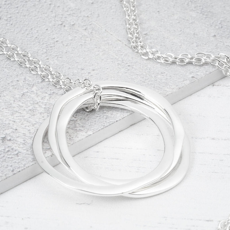 Long silver chain with pendant