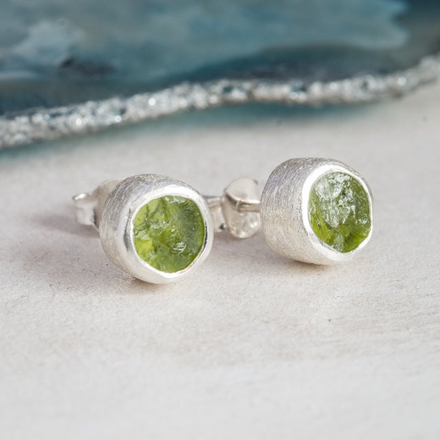 Rough Peridot Silver Stud - SugarMango