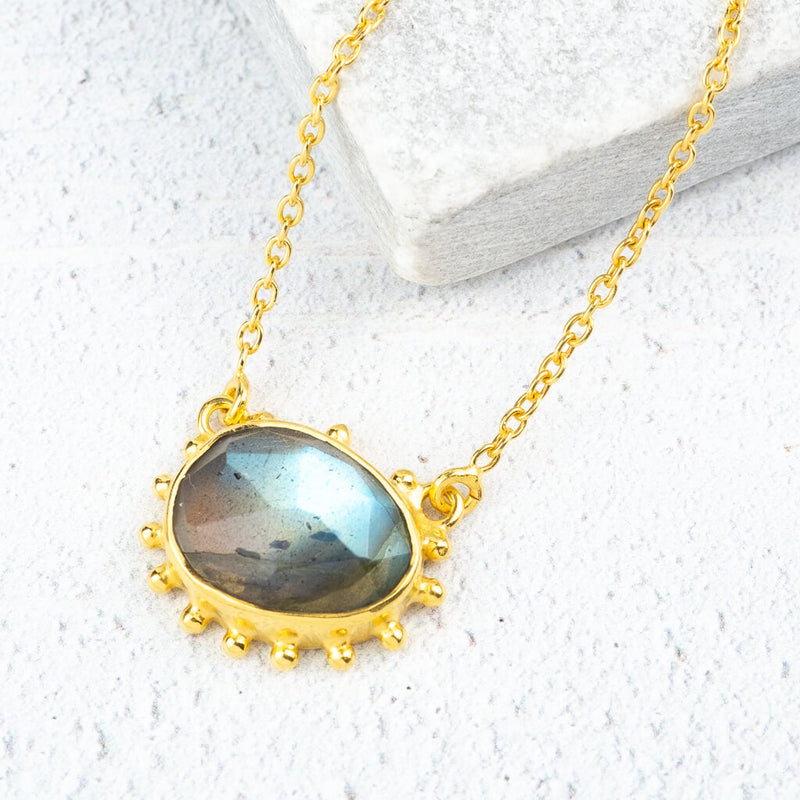 Labradorite gemstone necklace in gold