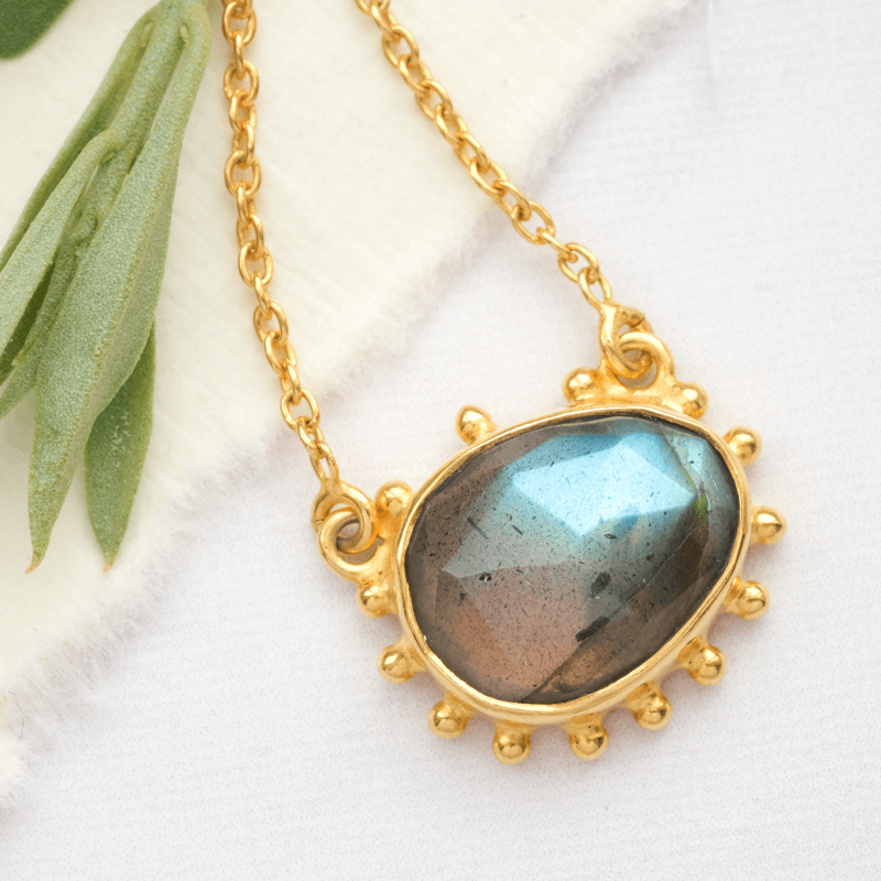 labradorite necklace gold