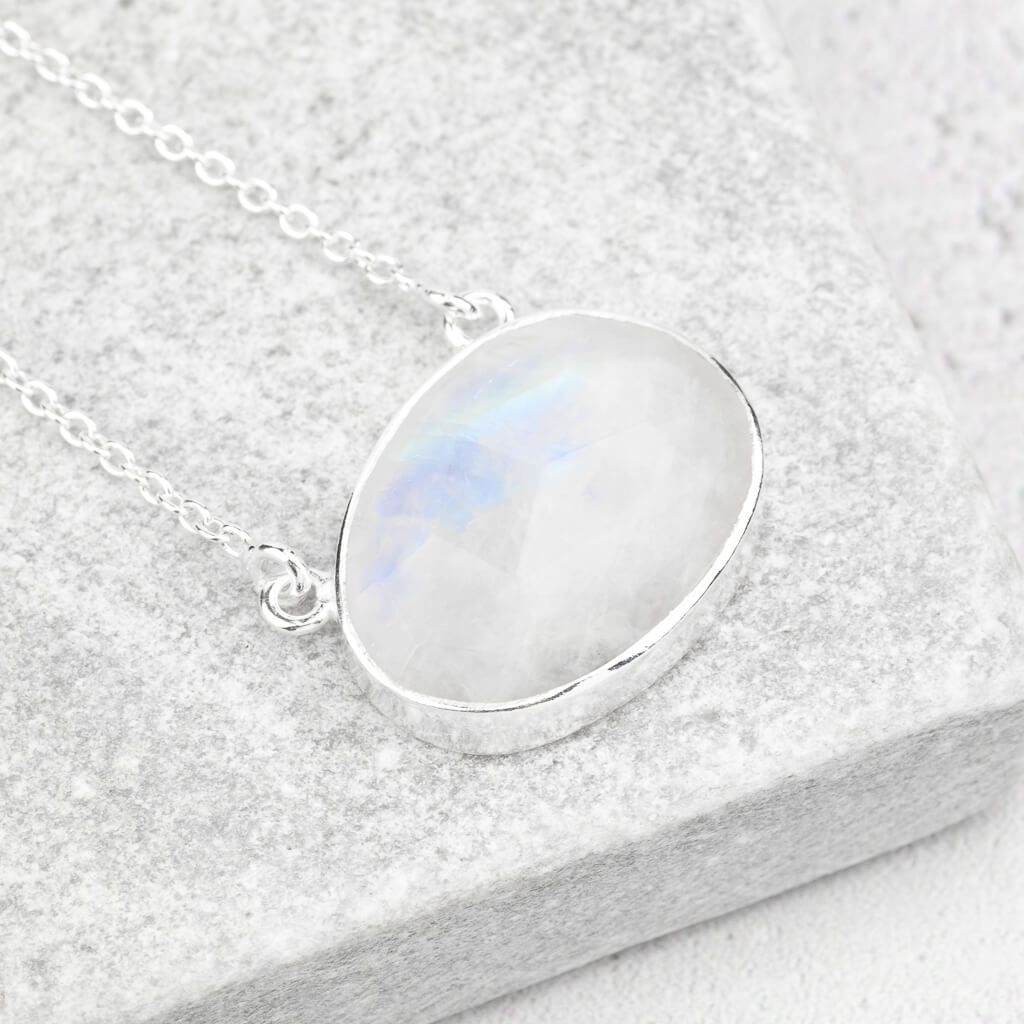 oval moonstone pendant silver