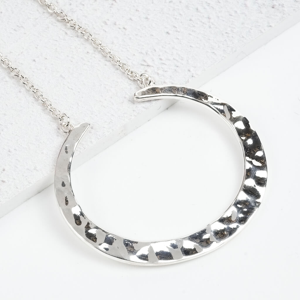 silver crescent pendant necklace