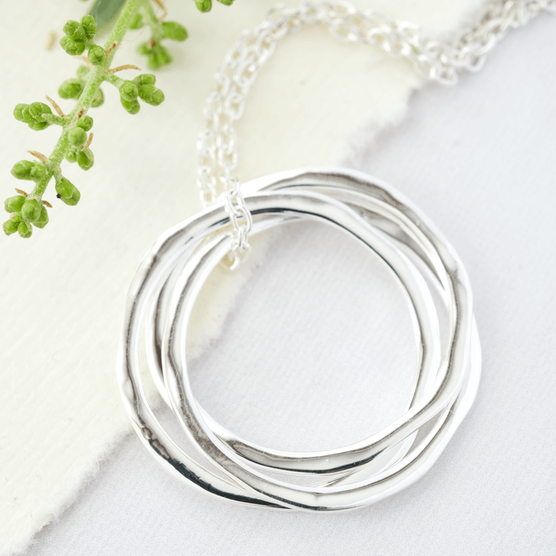 Arena silver necklace