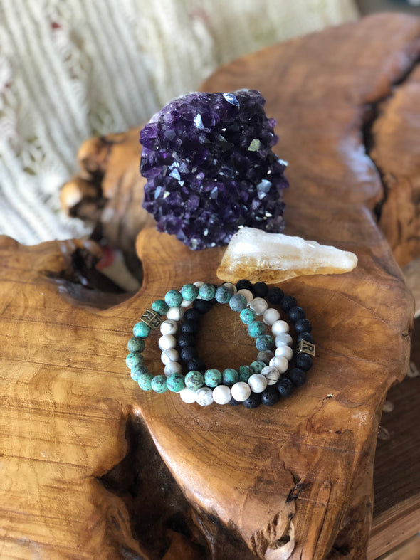 "Howlite Natural Gemstone Bracelet - ""I feel..."" Focused"