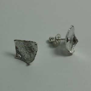 contemporary sterling silver reticulated stud earrings
