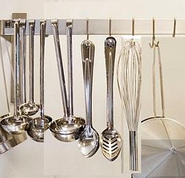 Kitchen & Utensils
