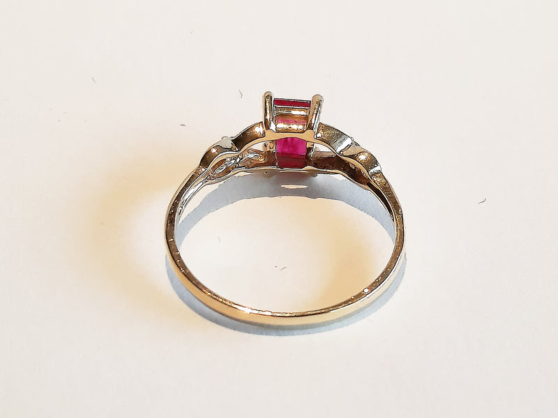 Vintage 10ct Geel Goud Diamanten met Robijn Ring