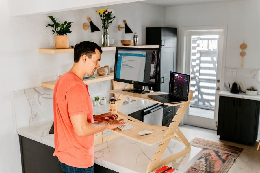Standing Desk Workouts Anyone Can Do