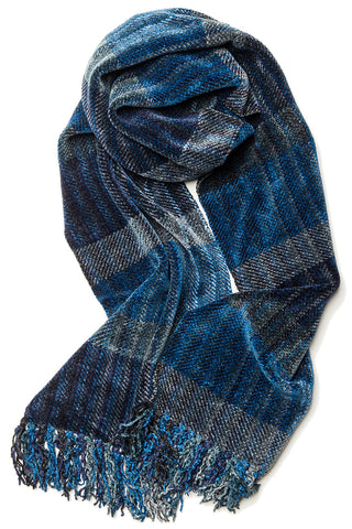 DISPLAY Exposure Chenille Scarf