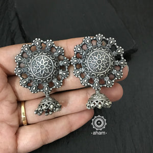 Everyday wear lightweight silver earrings.  Looks great with Ethnic wear