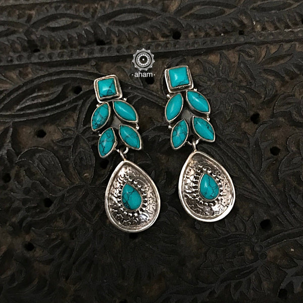 Handcrafted 92.5 Sterling Silver Earring with Turquoise setting