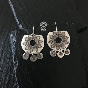 Contemporary light weight earrings in 92.5 silver.  Perfect wear from Dawn to Dusk.  Designed and Handcrafted by Thai Chiang Mai Karen Hill Tribe