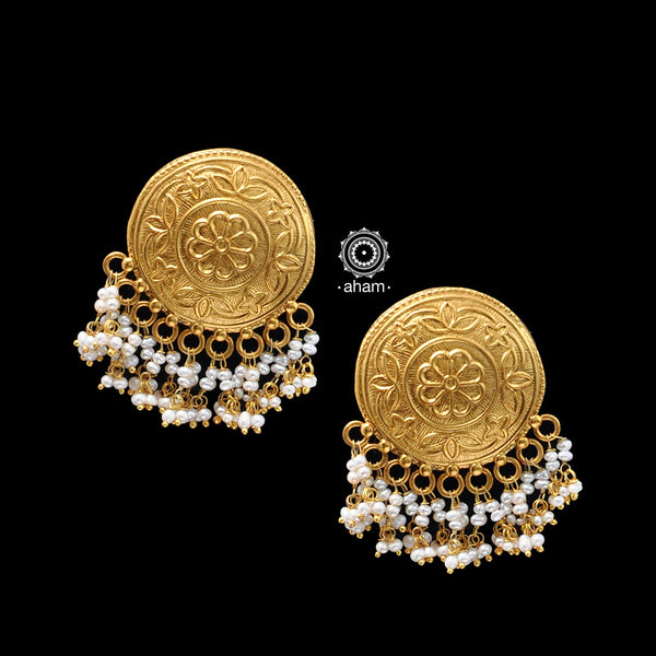 Classic silver gold polish earrings. perfect for festivities.