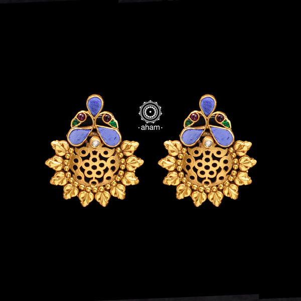 Gold polish earring in 92.5 Sterling silver.