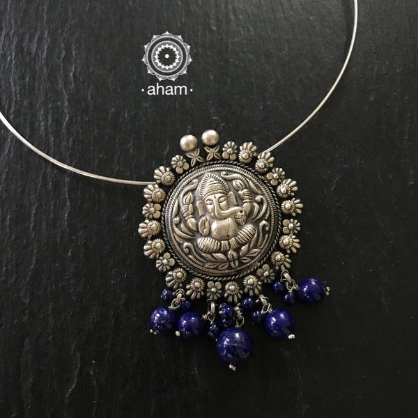 Silver Ganesha Pendant with Wire Hasli