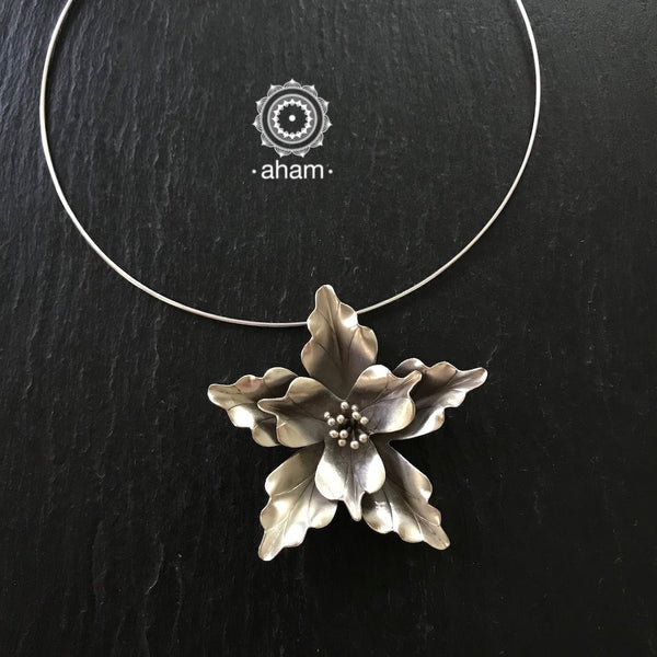 Silver Flower Pendant with Wire Hasli