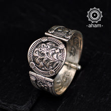 Handcrafted Silver kada with gorgeous Chitai work.