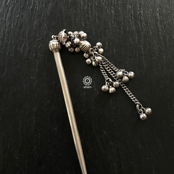 Bun / Juda Pin in silver.  Tie your hair up in this beautiful ethnic silver pin