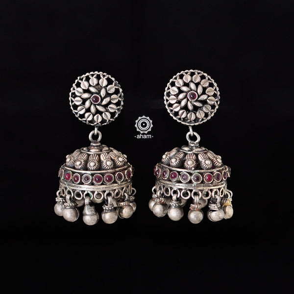 Handcrafted earrings in 92.5 silver