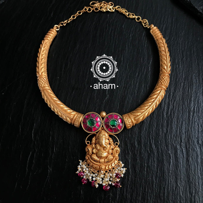 Gold Polish Ganesha Hasli with Kundan Setting