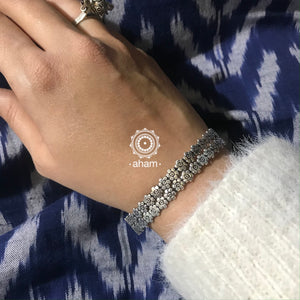 Everyday Silver Flower Bangles (Size 2.4, 2.6, 2.8)