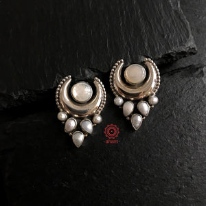 Summer Love Crescent Pearl Earring