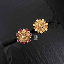 Gold Polish studs with pink stone