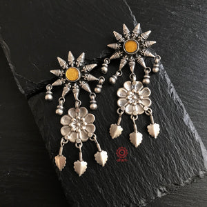 Mewad Star Earrings