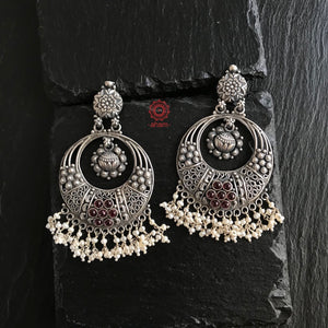 Silver chandbali earring