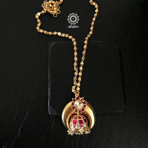 Gold Polish Pendant with chain