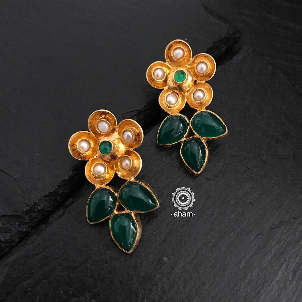 Green Flower Gold Earrings