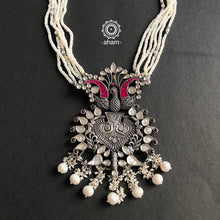Festive Kundan Peacock with pearls