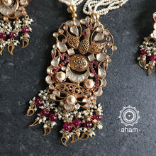 Festive Kundan Neckpiece and earring set