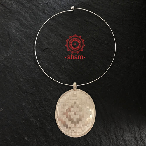 Weave Work Pendant with wire Hasli