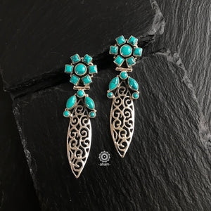 Summer Love Turquoise Leaf Earring
