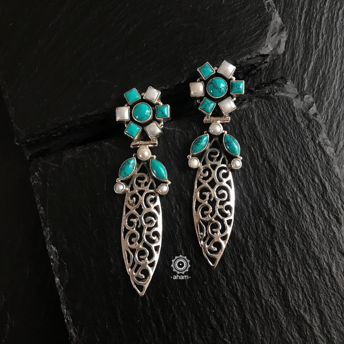 Summer Love Turquoise and Pearl Leaf Earring