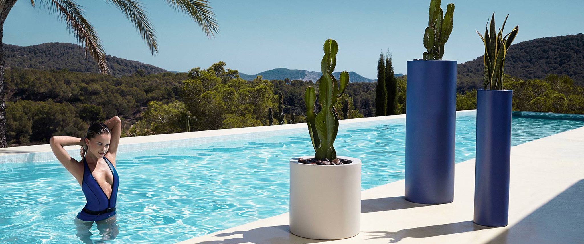 Bauhu Lifestyle outdoor planters and flower pots