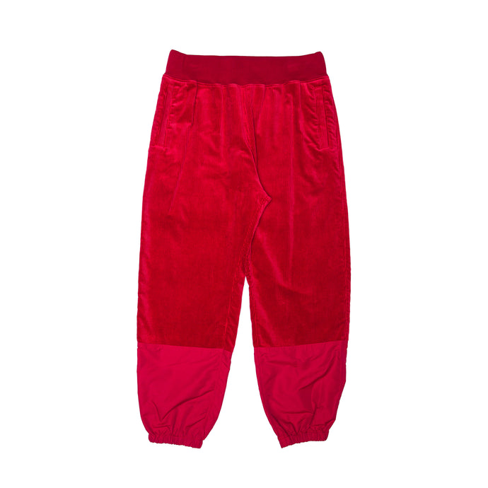 RED PANTS (UCX4504)