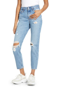 LEVIS Wedgie Icon Fit Authentically Yours