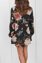 Load image into Gallery viewer, V Neck  Asymmetric Hem Cutout  Floral Printed Blouses