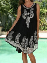 Load image into Gallery viewer, Fashion Printed Round Neck Sleeveless Loose Dresses