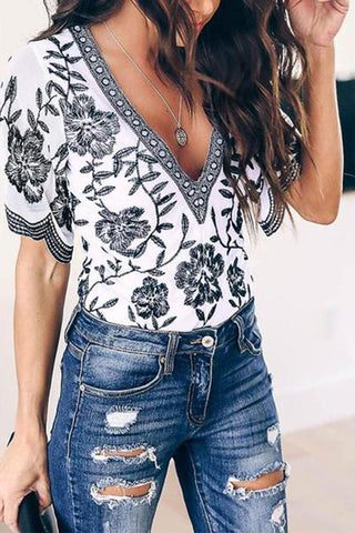 Casual V Neck Printed Colour Short Sleeve T-Shirt