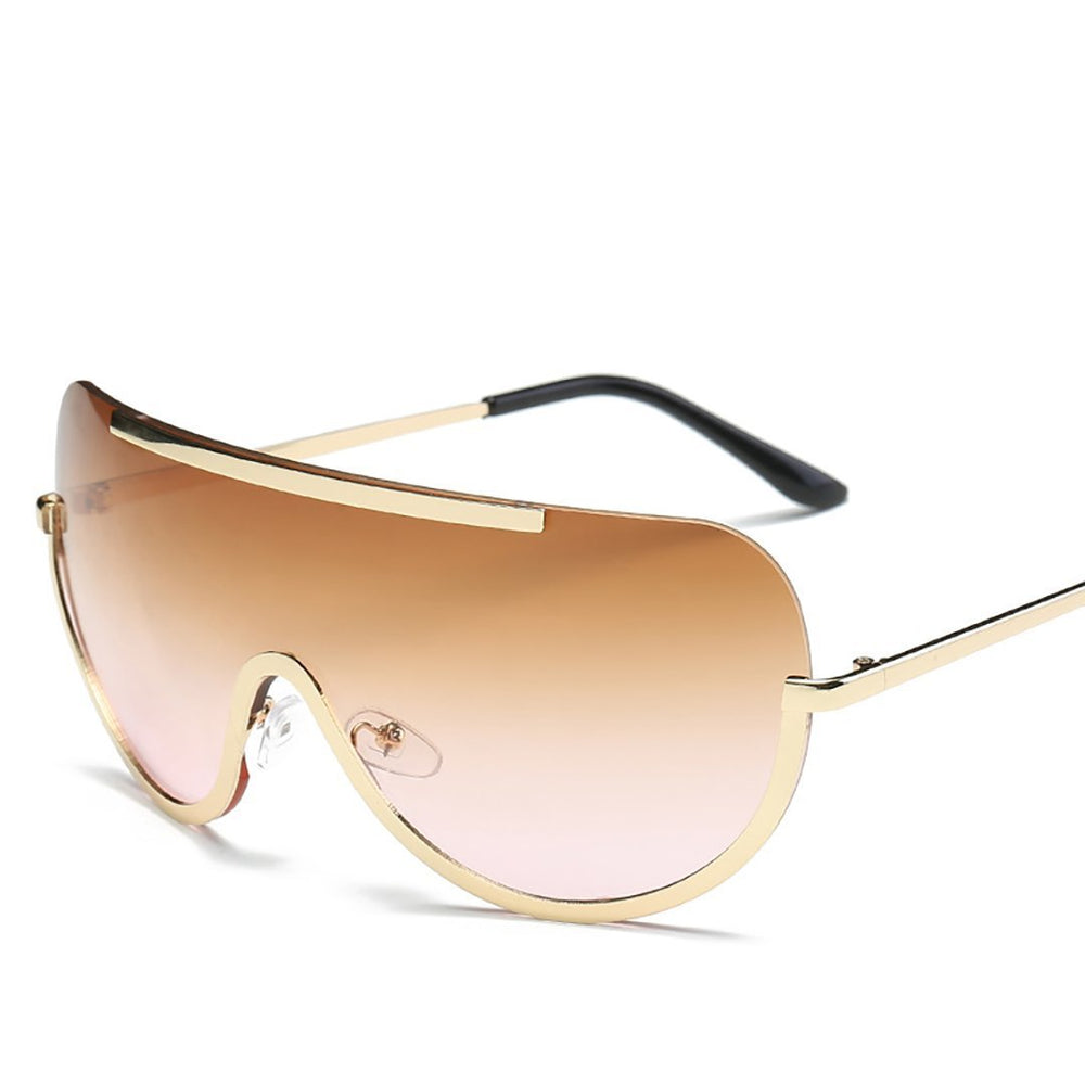 Large frame with wind sunglasses