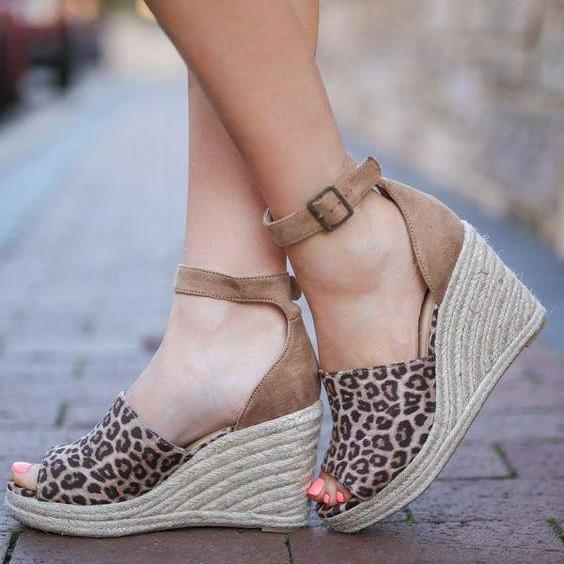 Fashion versatile leopard wedge sandals
